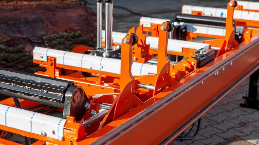LT40WIDE - łoże z układem hydraulicznym wspomagającym manewrowanie ciężkimi kłodami