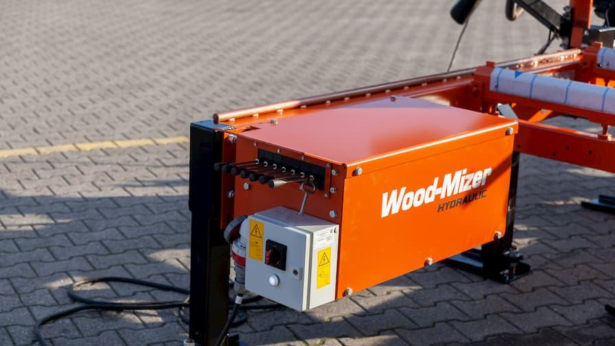 LT40WIDE i układ hydrauliki do łatwego manewrowania ciężkimi kłodami na łożu