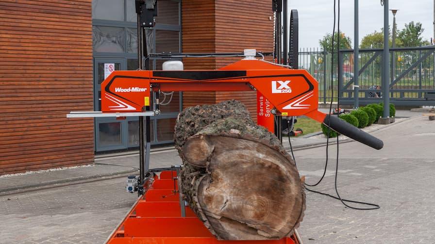 Trak Wood-Mizer LX250 do przecierania kłód o max średnicy 140 cm